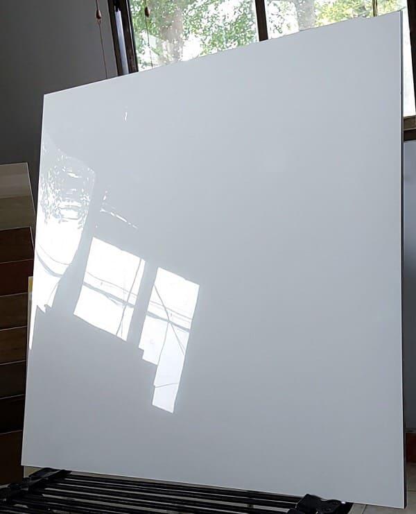Gạch lát nền 60x60 đá bóng kiếng VITTO