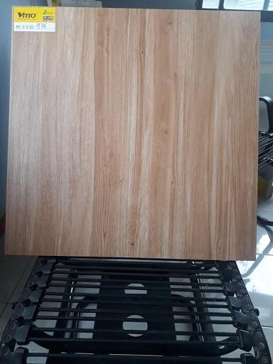 Gạch lát nền 60x60 nhám VITTO 976